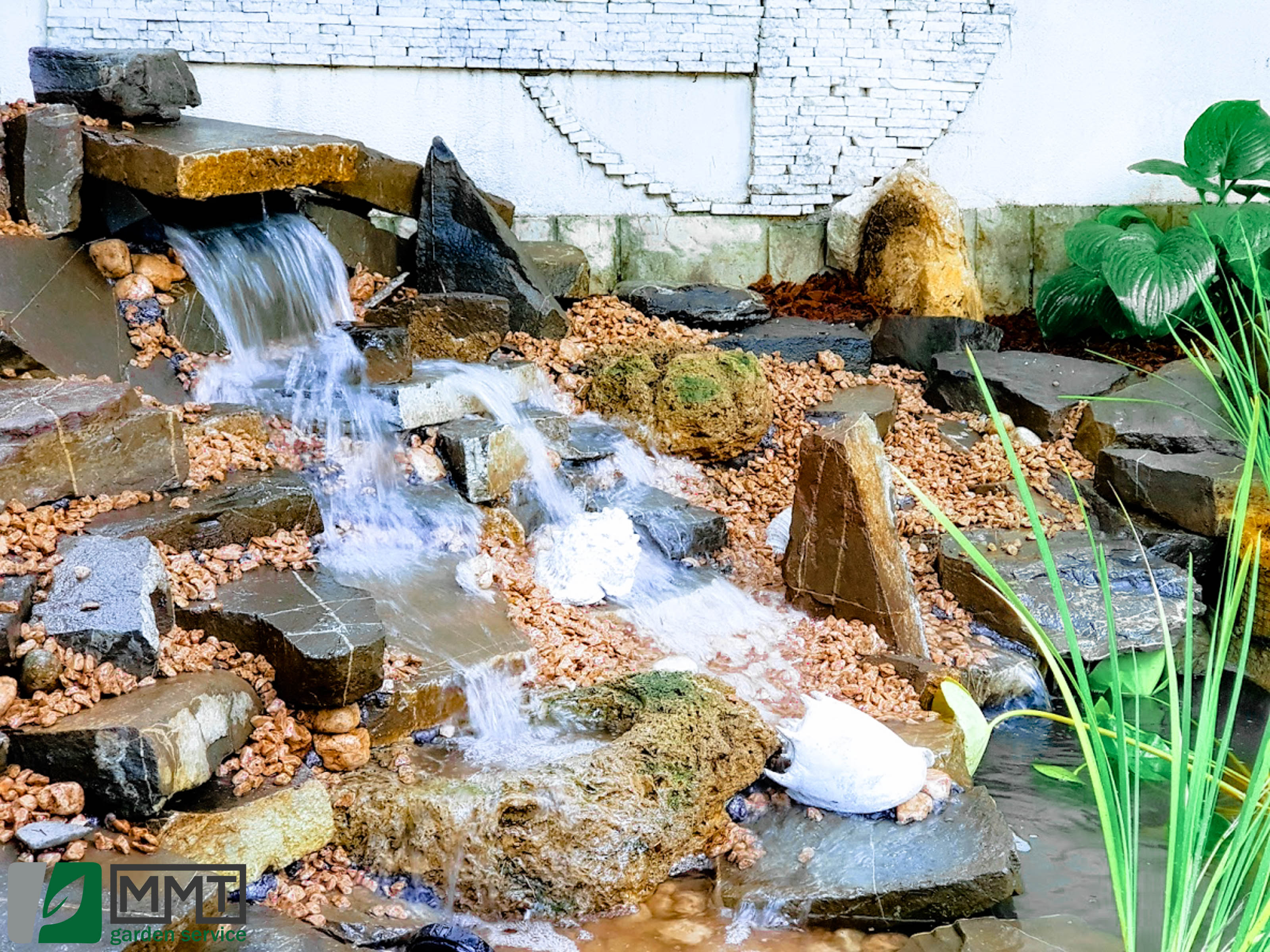 cascade_fantani_iazuri_garden_service